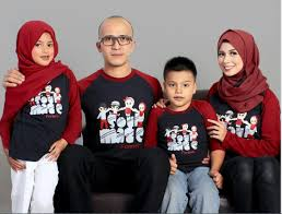 Baju Kaos Family Gathering dan Event Outing