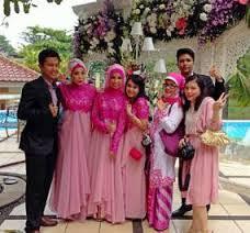 Contoh Seragam Keluarga Pernikahan Muslimah Modern Masa kini