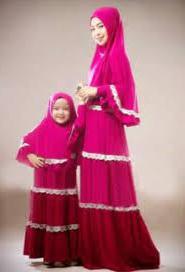 Baju Couple Ayah, Ibu dan Anak Perempuan