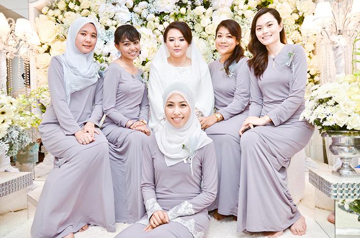 Malay tudung putih outdoor 2 - 3 7